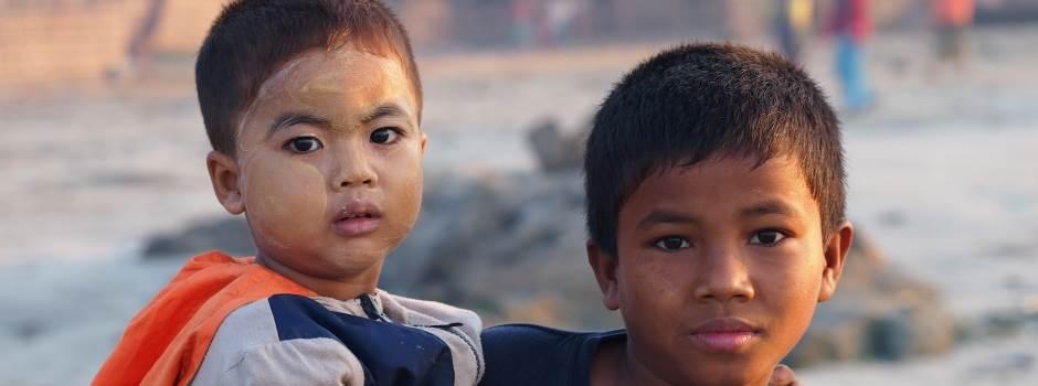 goi-reisen-kinder-myanmar.jpg